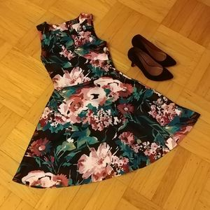 Love...ady sleeveless fit and flare floral dress